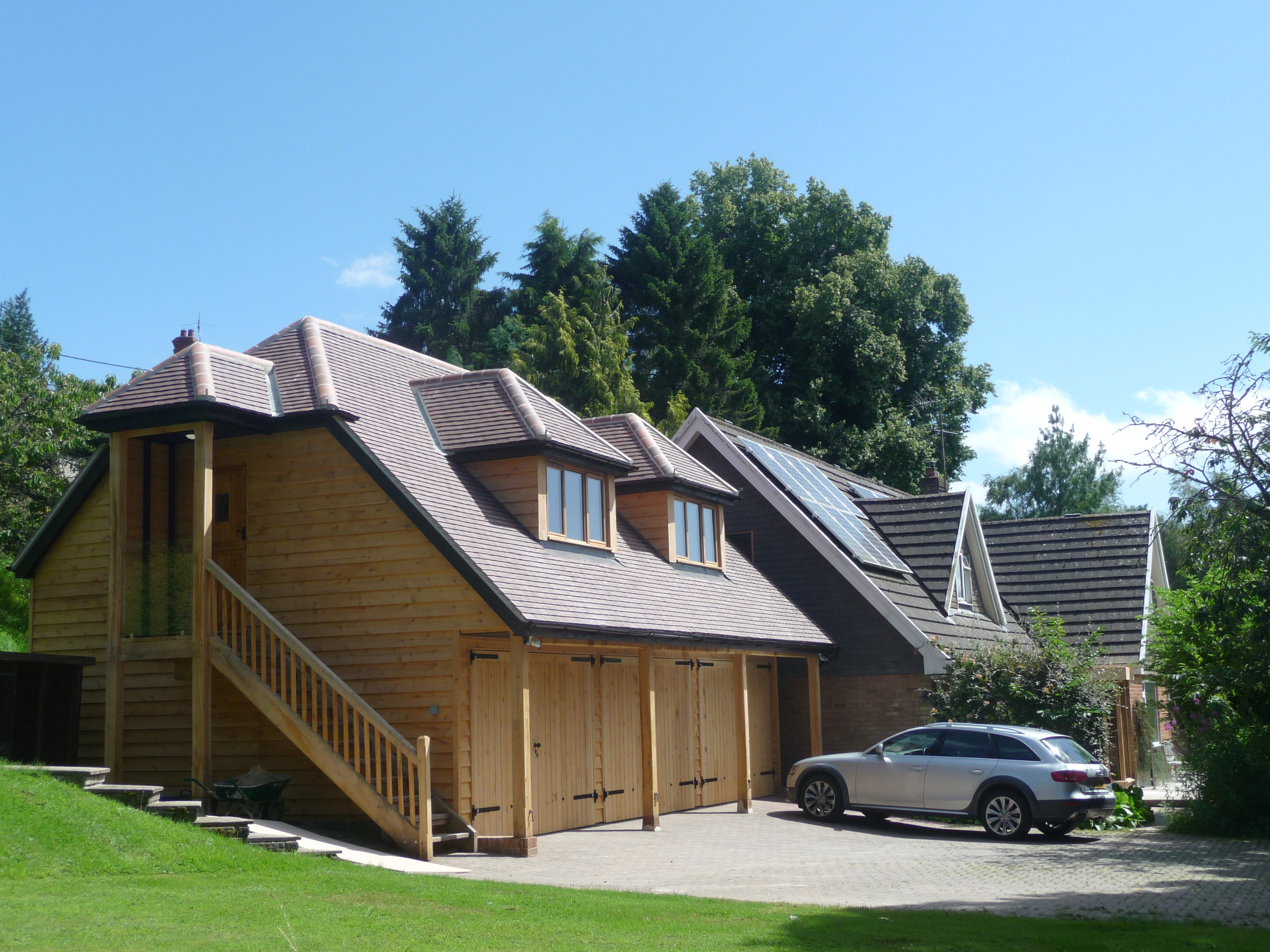 Timber framed buildings in dorset by adam slatter for Garage with accommodation